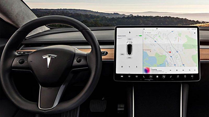 Tesla añade puntos de carga de terceros en su navegador