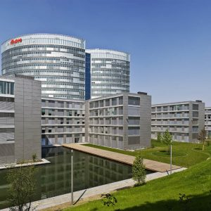 Tesla se asocia con E-ON para ofrecer soluciones energéticas en la Gigafactory de Berlín