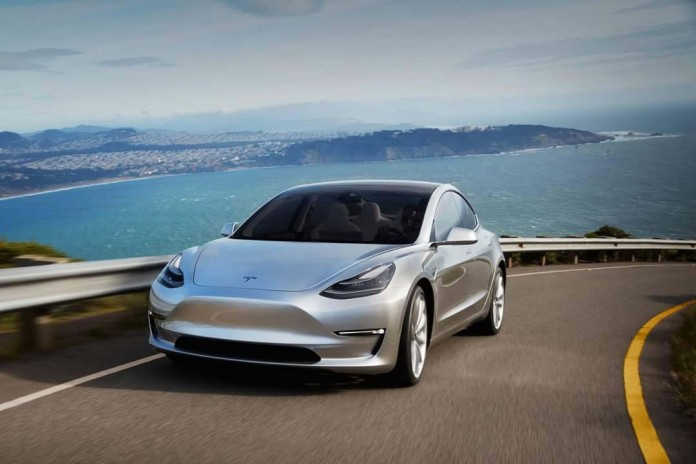 tesla Model S en el segmento premiuml